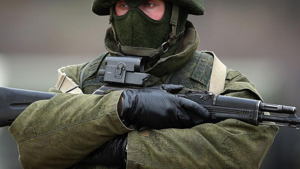 Tensiuni în jurul Ucrainei: Rusia ar avea între 15.000 şi 25.000 de militari la graniţa cu Ucraina
