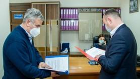 """PSRM și PCRM au depus la CEC actele pentru înregistrarea OFICIALĂ a """"căsătoriei"""""""