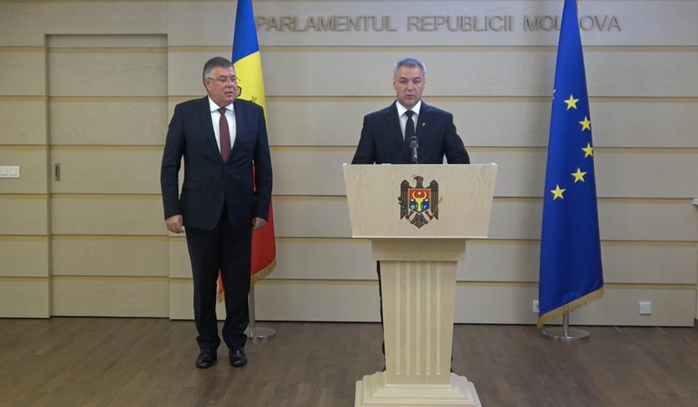 PUN обвиняет Кремль во вмешательстве в предвыборную кампанию Молдовы