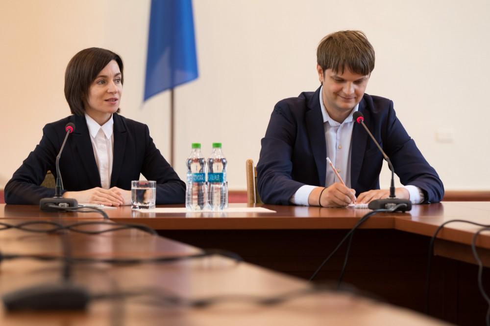 Ultima Oră // Maia Sandu a rămas fără secretar general. Unde a plecat Andrei Spînu